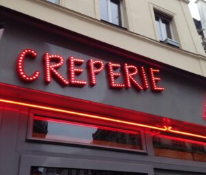Places to Propose in Paris - Over Crepes