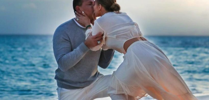 Jennifer Lopez & Alex Rodriguez are engaged steal this style by my trio rings (