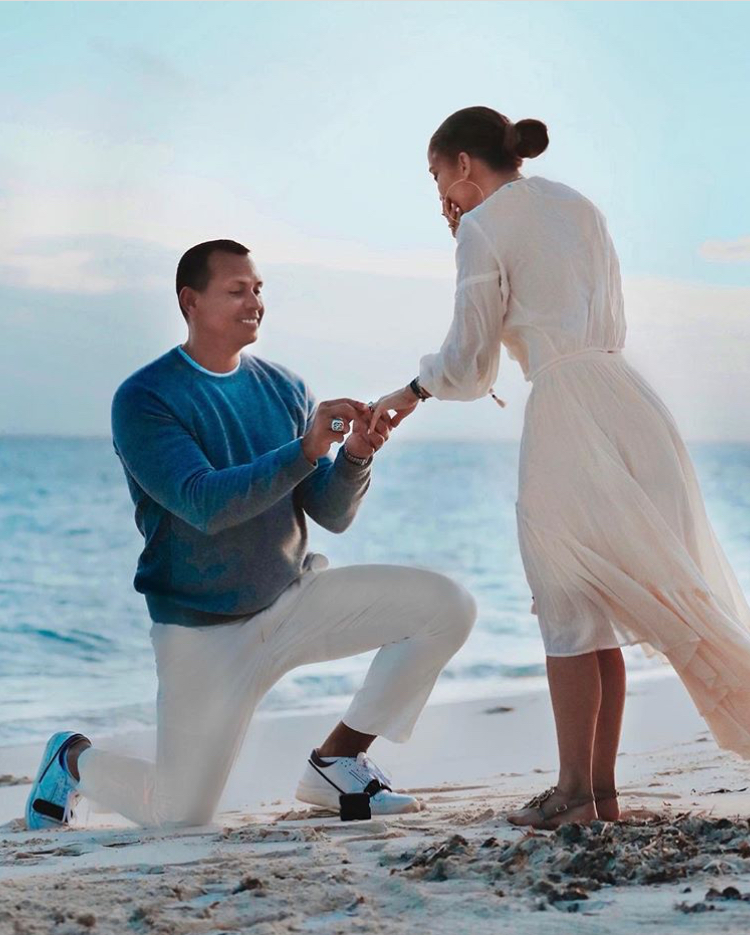 Alex Rodriguez proposed to Jennifer Lopez in the Bahamas