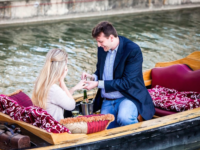 paparazzi-proposals-dallas-gondola