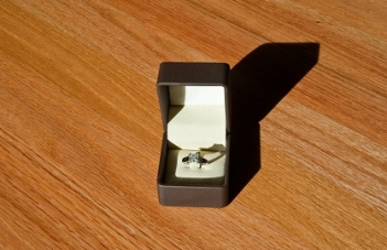 engagement ring set, customizable ring sets, engagement ring boxes