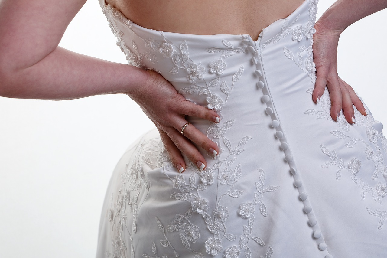 wedding-dress-850606 1280