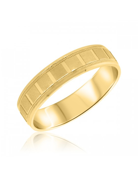 Traditional Mens Wedding Band 14K Yellow Gold