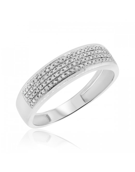 1/4 CT. T.W. Diamond Mens Wedding Band  10K White Gold