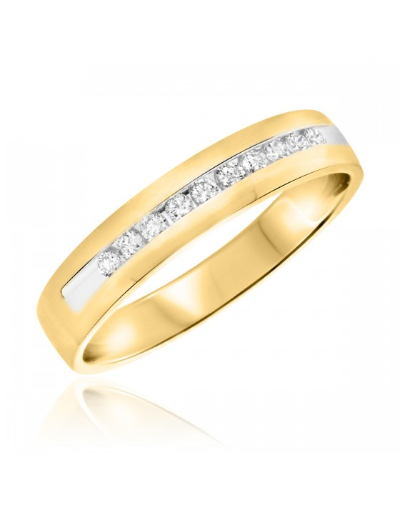 1/4 CT. T.W. Diamond Men's Wedding Band 10K Yellow Gold
