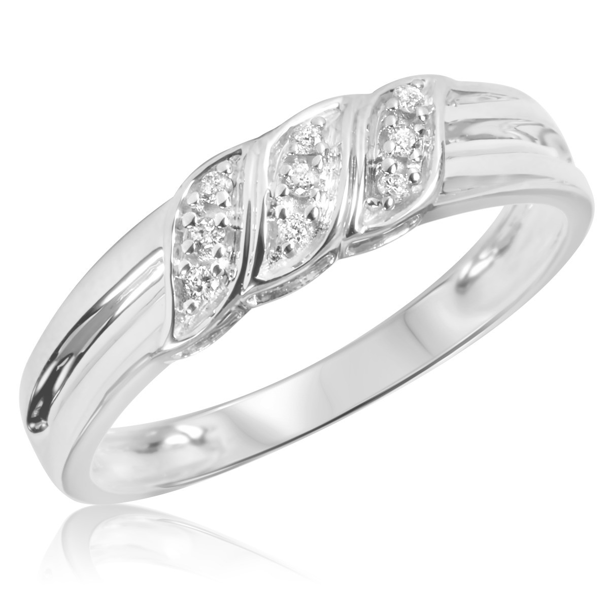 1/10 Carat T.W. Diamond Men's Wedding Ring 14K White Gold