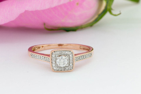 Ring on rose Bridgette Collection