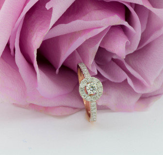 Ring on rose Luna Collection
